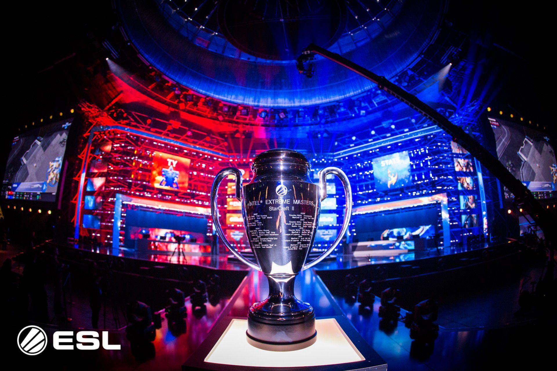 Gli Esports in diretta su DMAX, appuntamento con il torneo di Fortnite