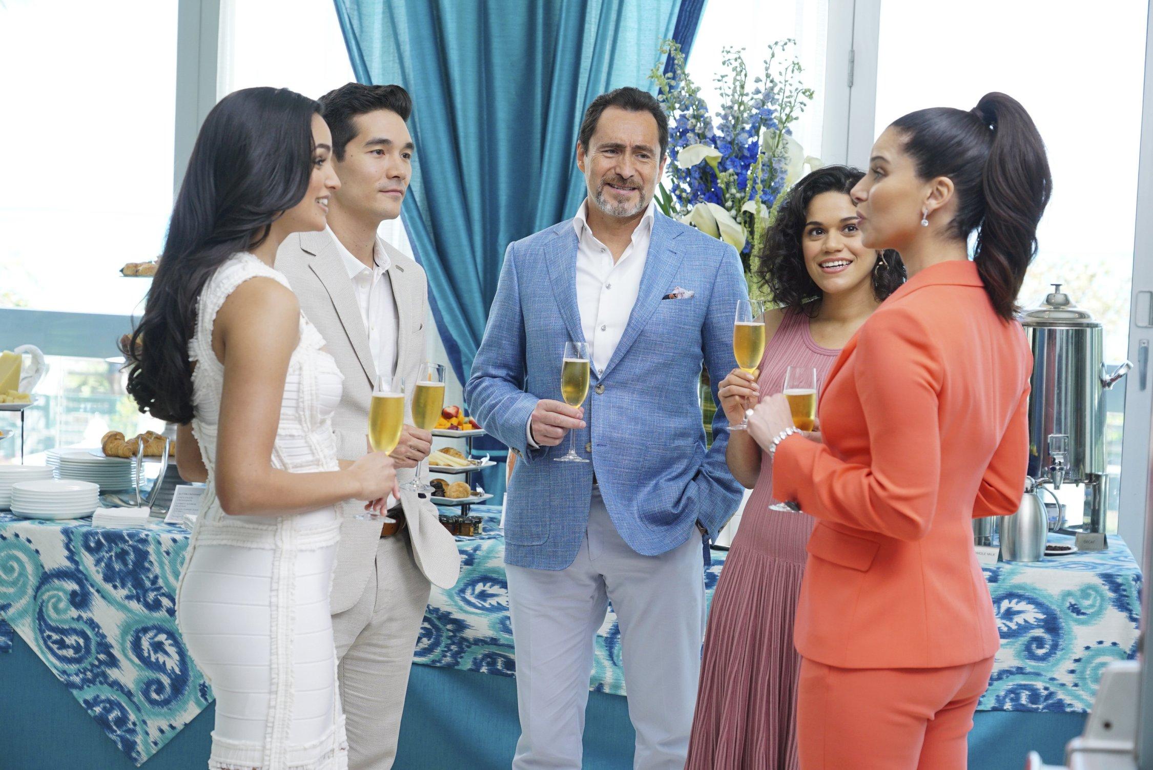 Su FoxLife arriva Grand Hotel, nuova soap drama diretta da Eva Longoria