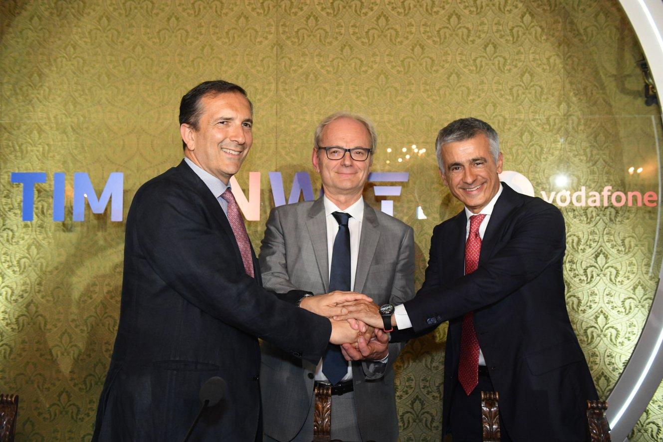 Tim e Vodafone firmano accordo per condivisione della rete 5G