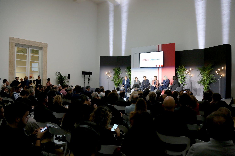 Netflix e Mediaset annunciano partnership per realizzare film italiani