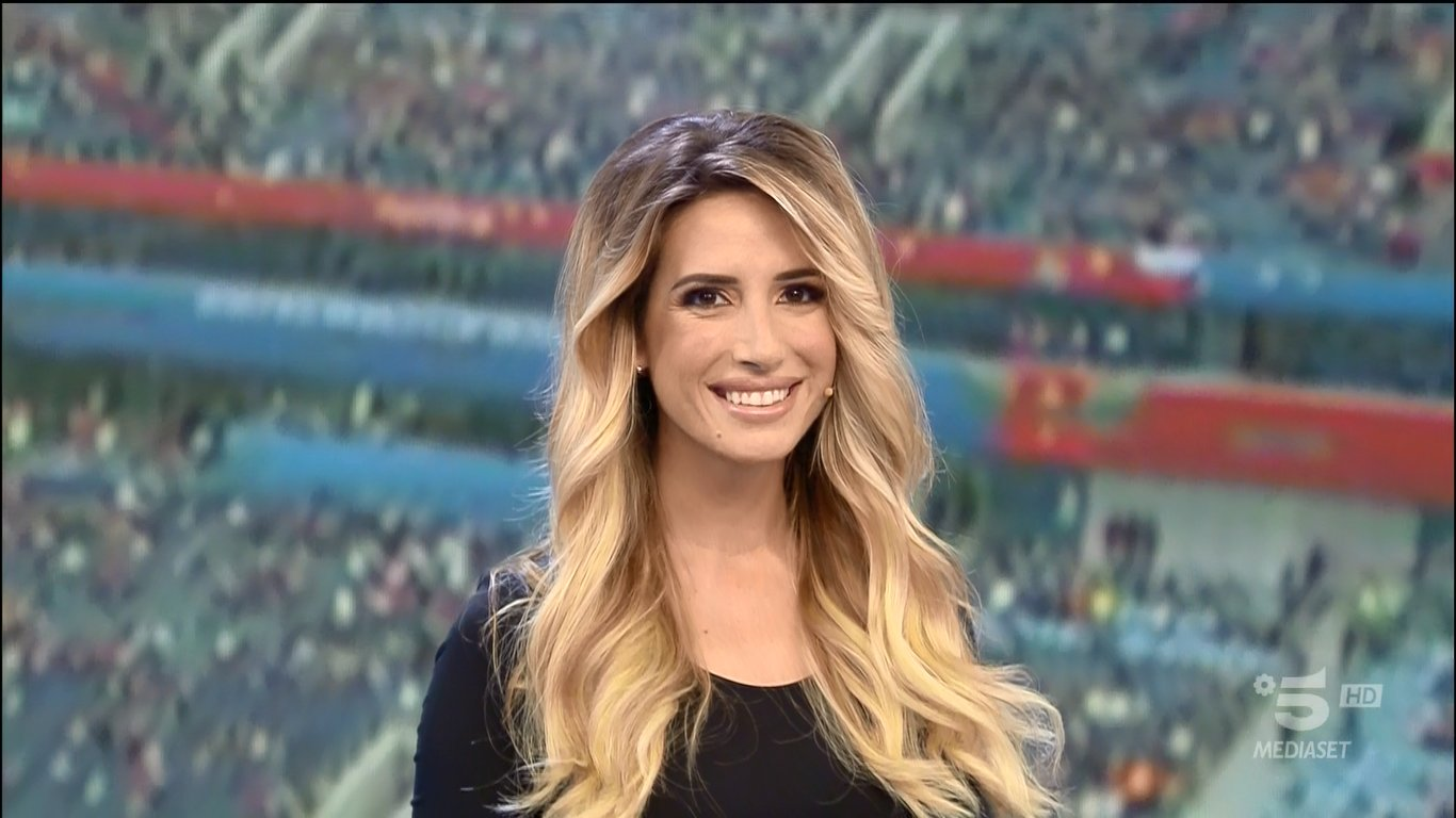 Pressing Serie A, il riassunto della Serie A su Rete 4 con Giorgia Rossi