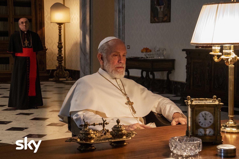 The New Pope, stasera quinto e sesto episodio su Sky (in 4K HDR) e NOW TV