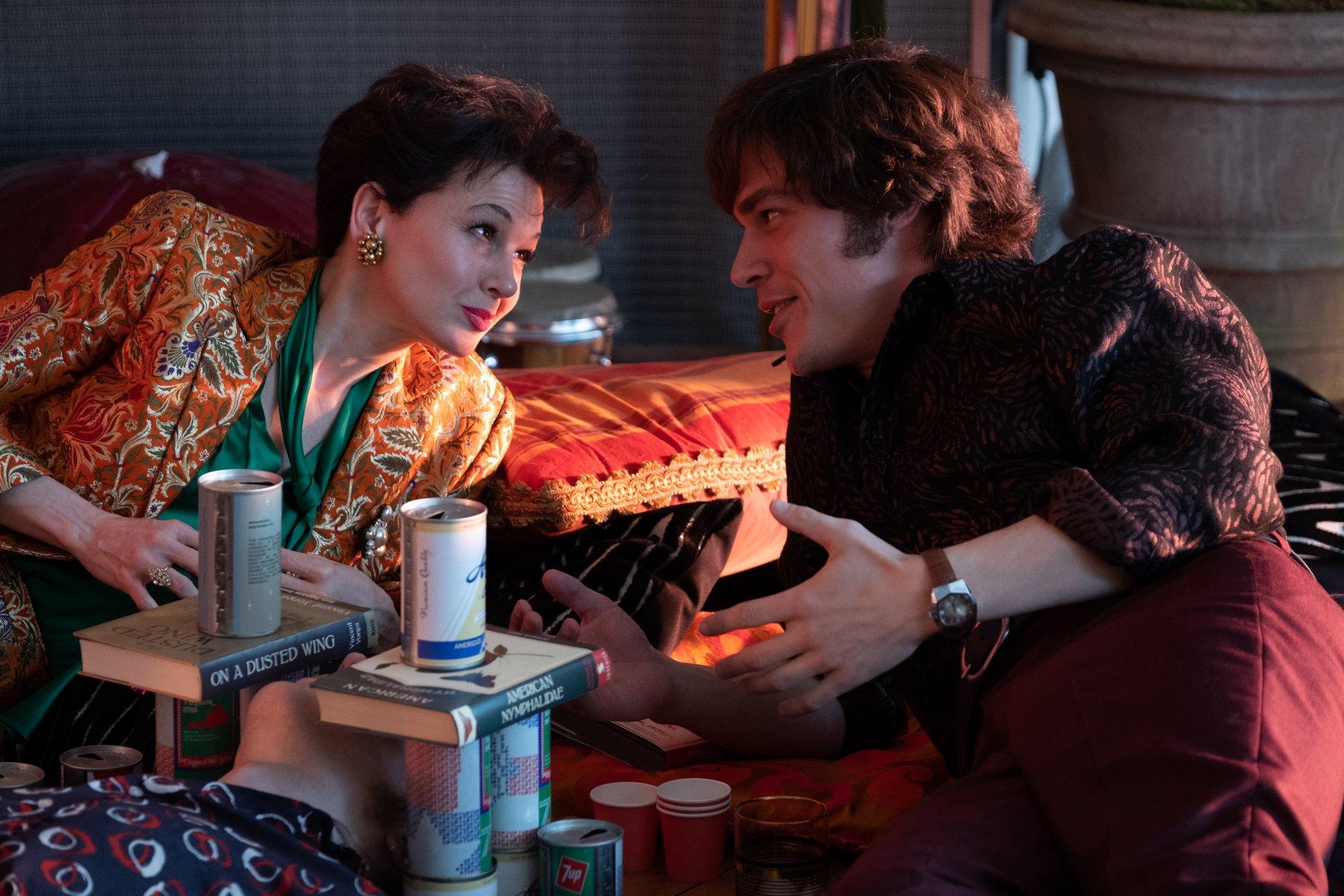 Judy, su Sky Cinema il biopic sulla grande attrice e cantante Garland