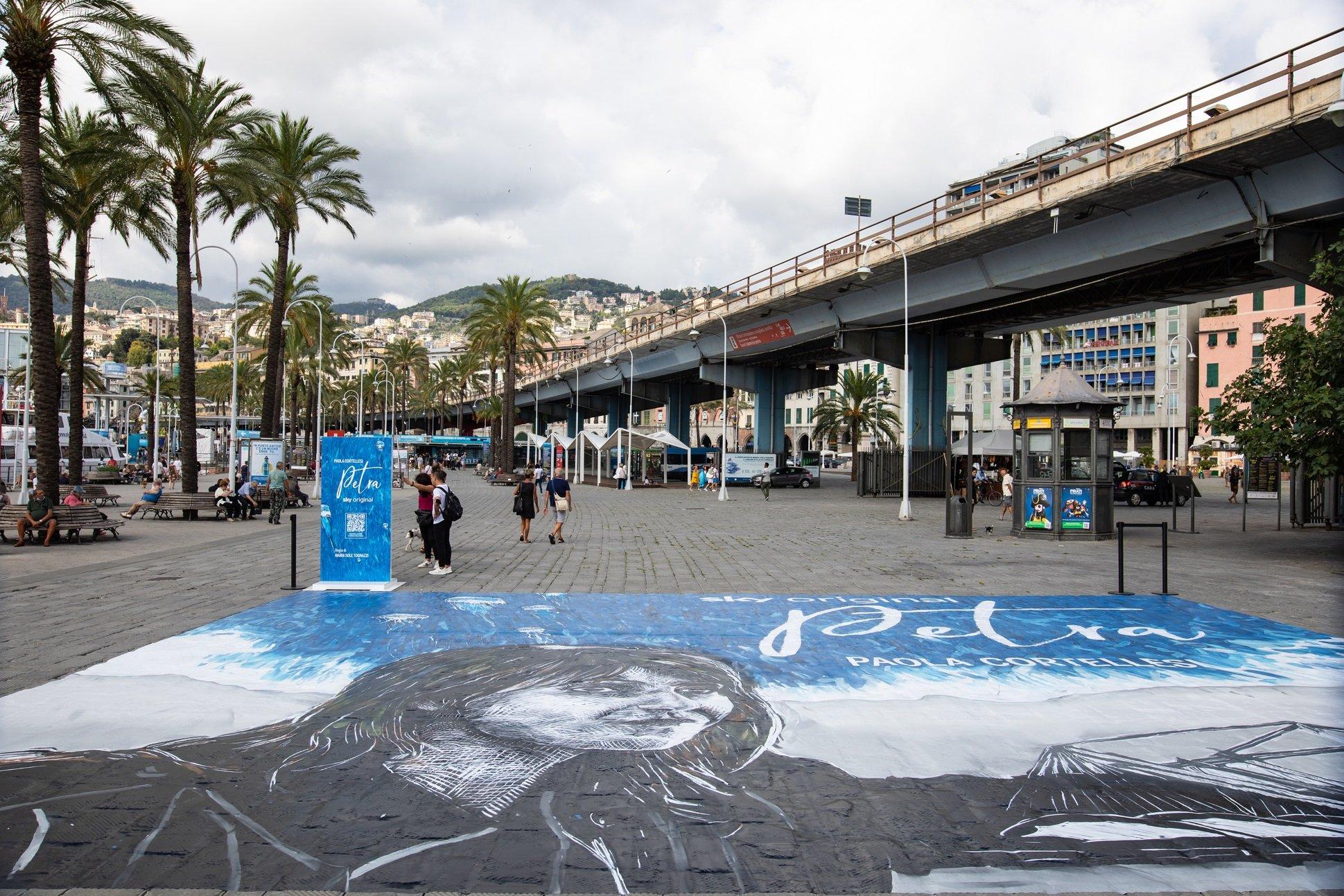 Sky, la «Petra» di Paola Cortellesi al Porto Antico di Genova