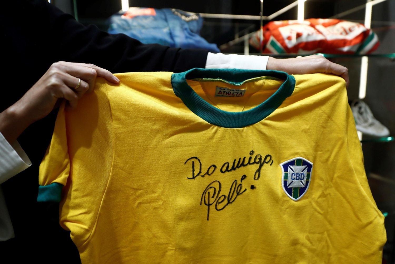 #SkyBuffaRacconta racconta Pelé, la mini serie in onda a Natale su Sky Sport