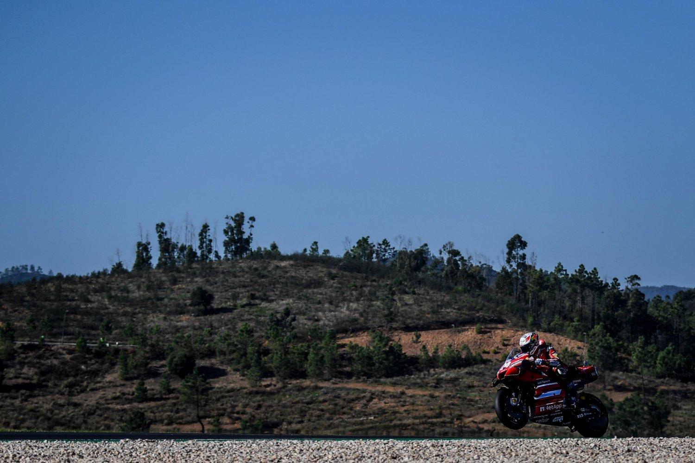 MotoGP Portogallo 2020, Gara - Diretta Sky Sport e DAZN. Portimao Live TV8