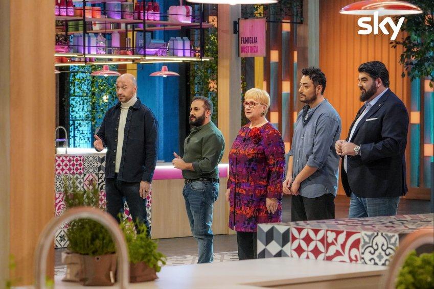 Family Food Fight, terzo appuntamento su Sky Uno e NOW. Ospiti The Jackal