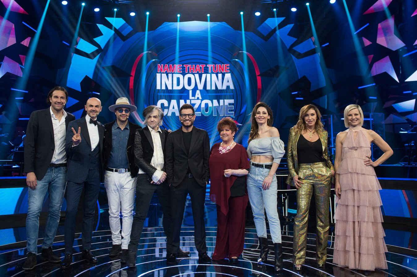 Name That Tune – Indovina La Canzone torna su TV8 con Enrico Papi