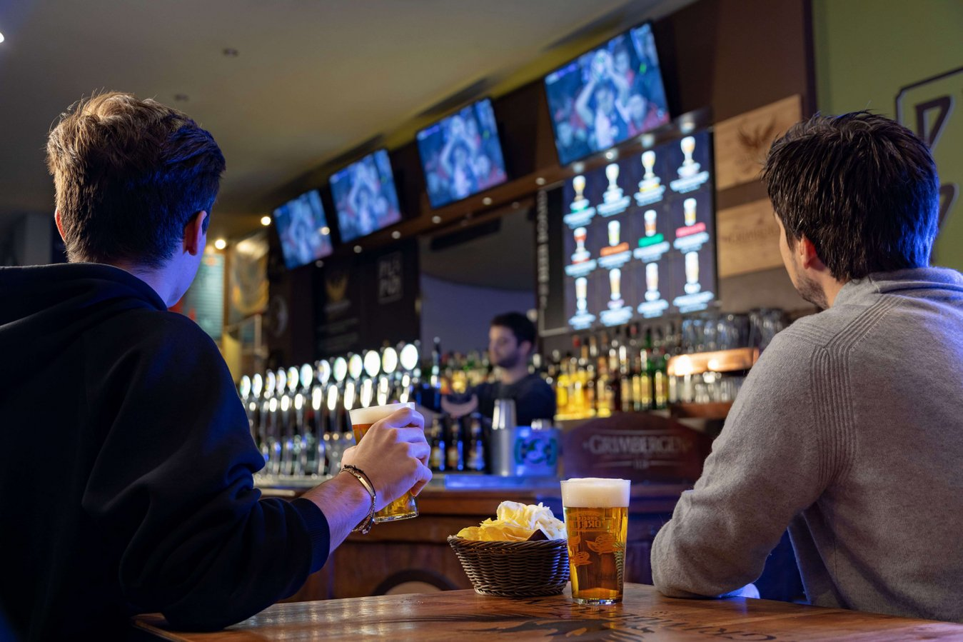 Accordo Sky-DAZN 2021/2024, tutta la Serie A TIM via satellite nei bar e hotel abbonati a Sky